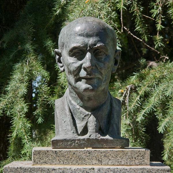 Paul Harris statue in Madrid