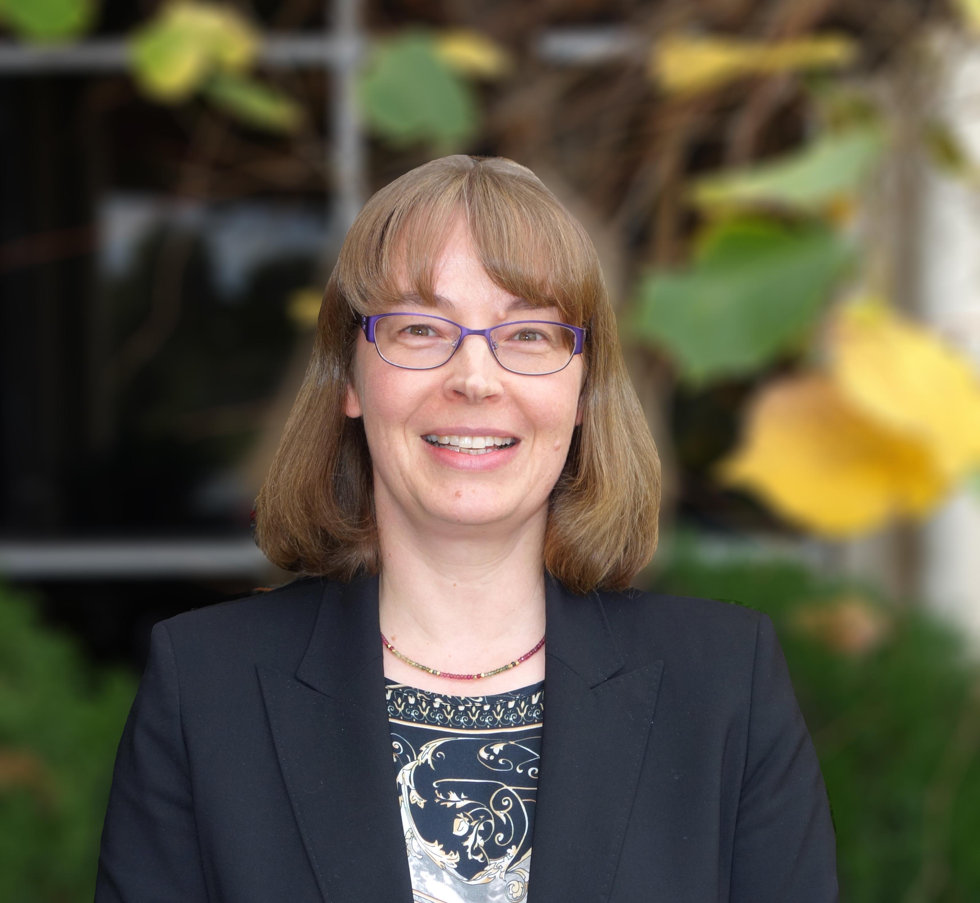 Professor Nicola Lautenschlauger